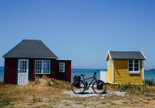Ærø-beach-cabins_©Michael Fiukowski and Sarah Moritz-medium.jpg